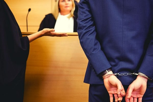 tribunal avec un coupable